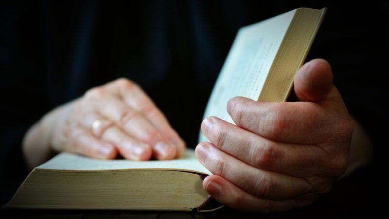 Ne kemi nevojë të përdorim këtë lutje në cdo kohë! – Nga Spurgeon.